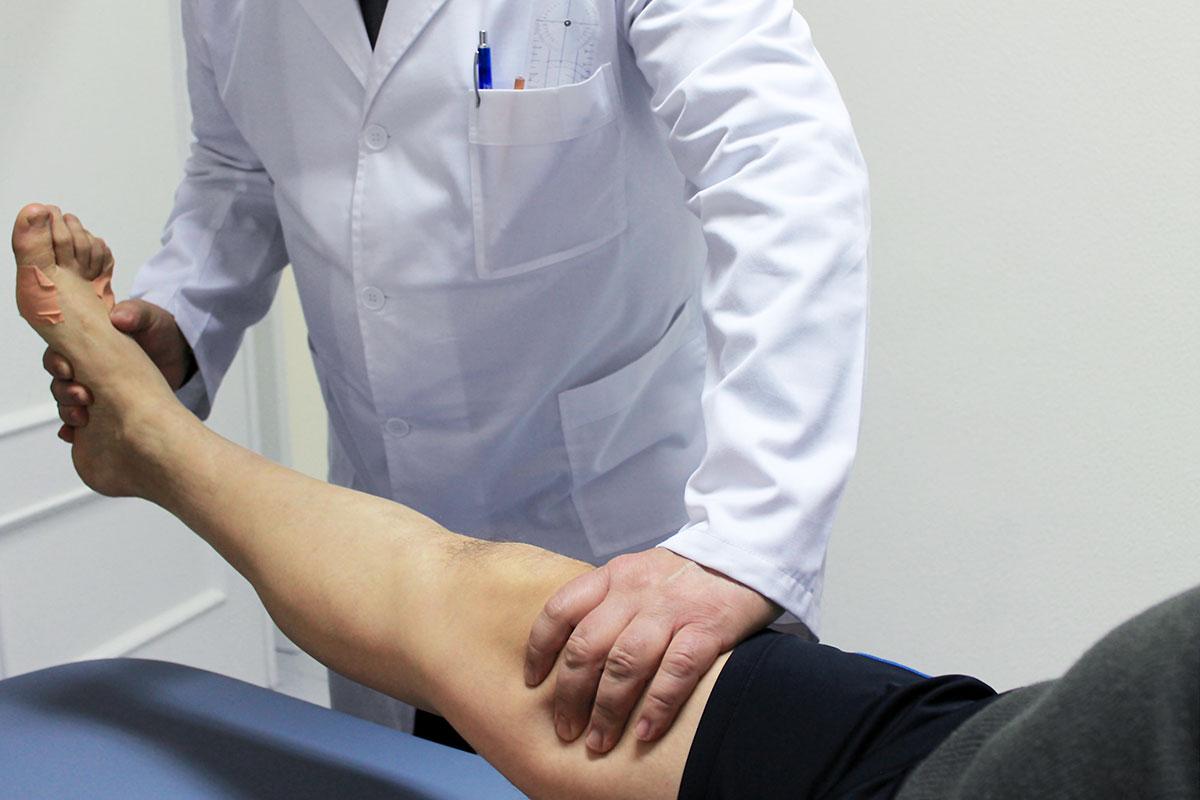 Exploración exhaustiva de músculos articulaciones y huesos